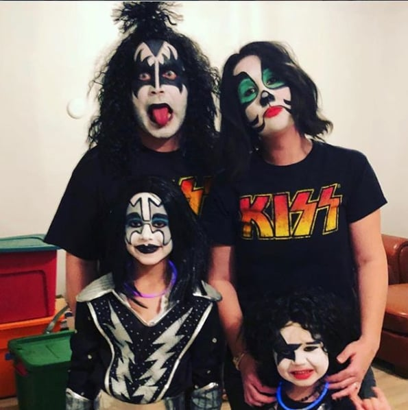 Skeleton Family Halloween Costumes.Family Halloween Costumes 2018 Popsugar Family