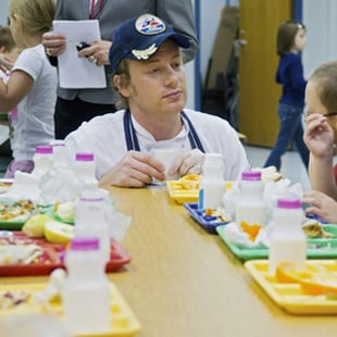 School Bans Packed Lunches For Kids