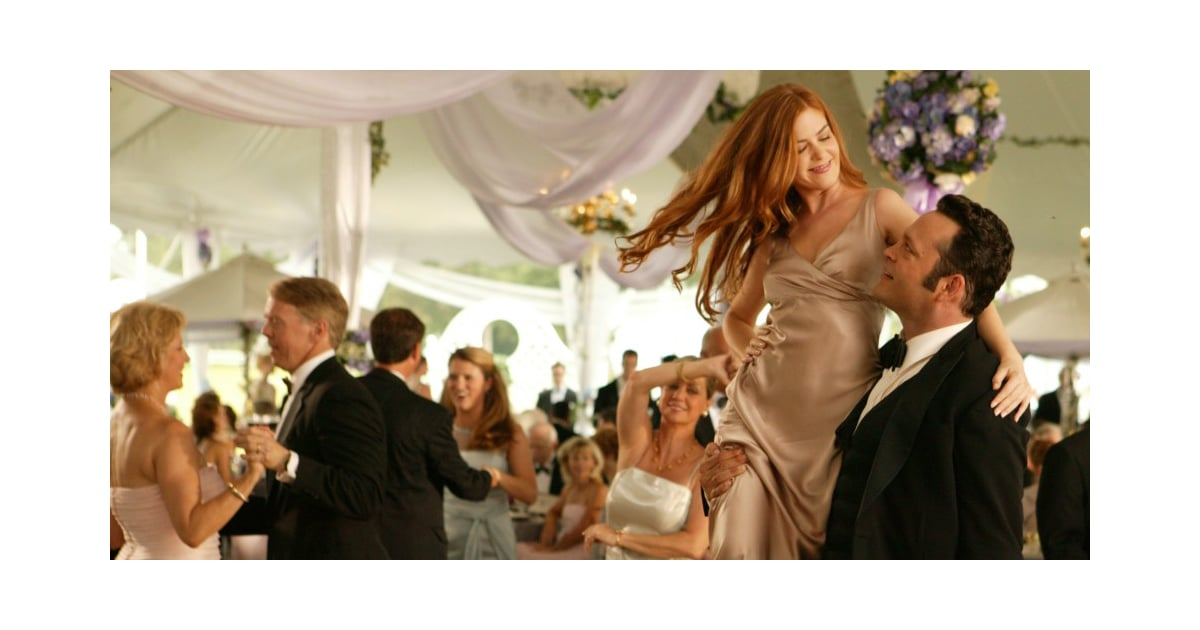 The Gentleman's Guide To Hooking Up At A Wedding