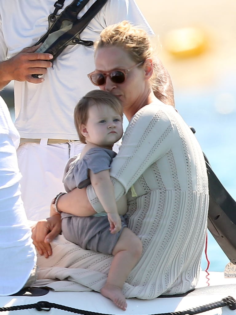 Uma Thurman kissed her daughter Luna while on vacation in St.-Tropez.