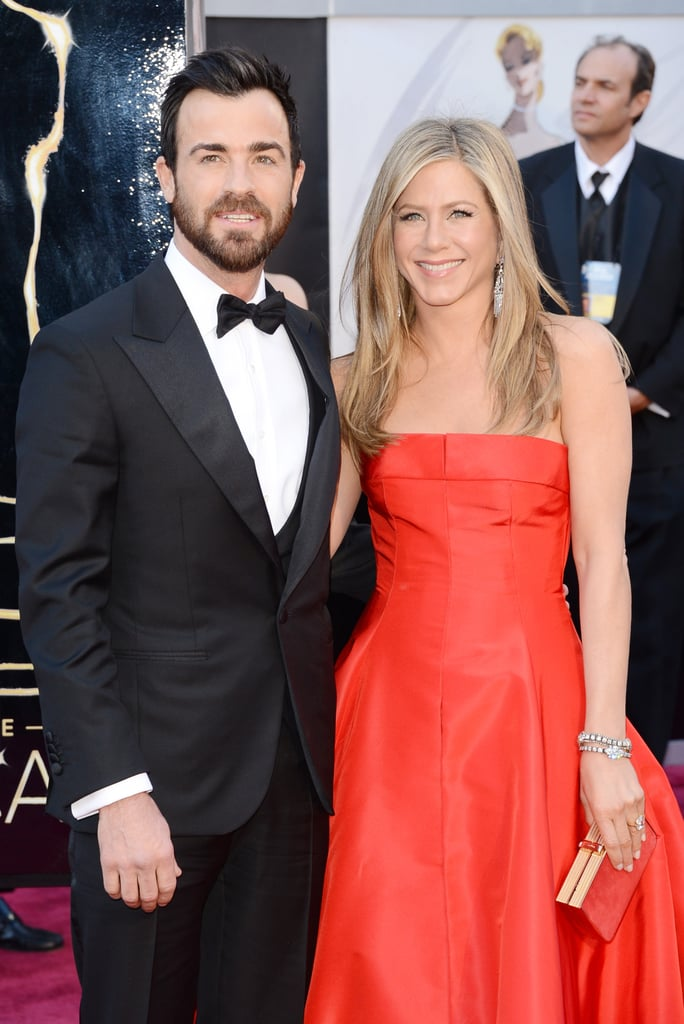 Jennifer Aniston arrived on the Oscars red carpet with fiancé Justin Theroux.