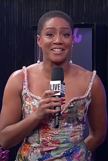 Tiffany Haddish Discusses Buzzcut at People's Choice Awards
