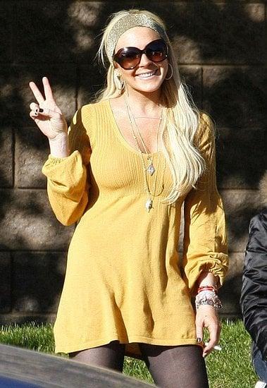 Lindsay Leaves Rehab