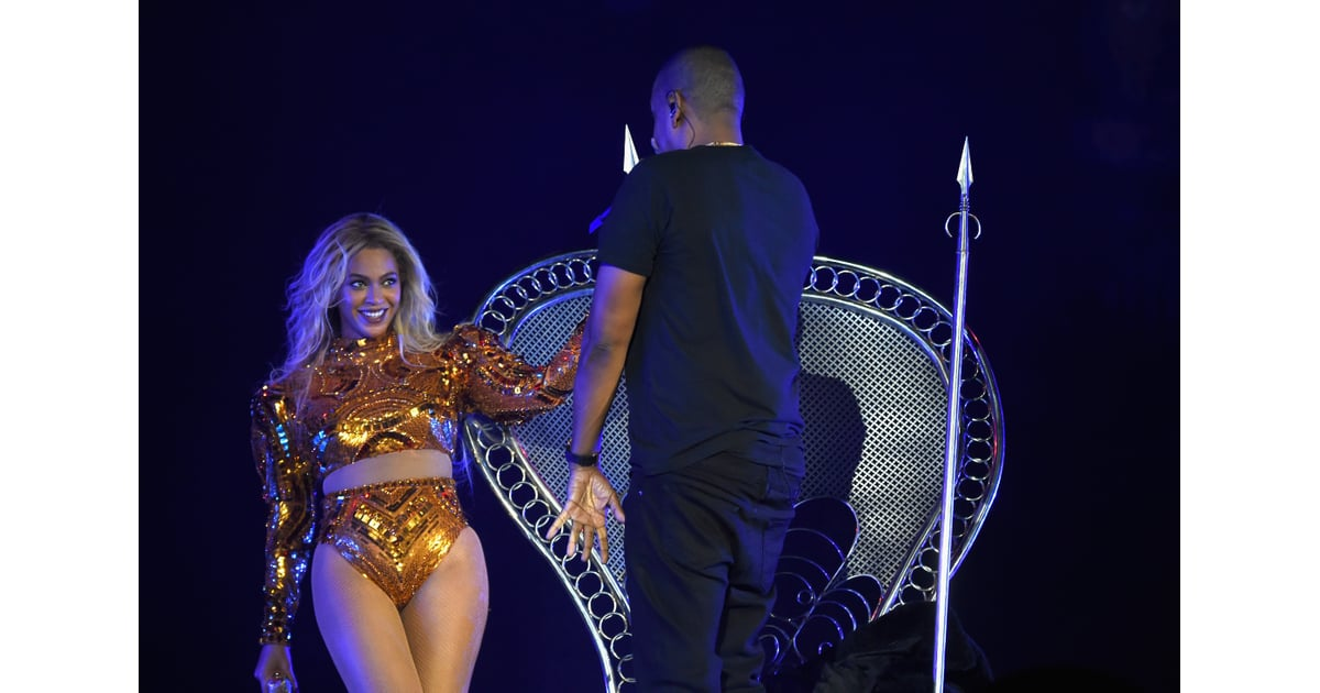 beyonce and jay z at formation world tour concert 2016 popsugar celebrity australia photo 7. Black Bedroom Furniture Sets. Home Design Ideas