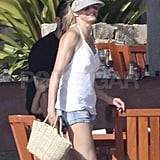 George Clooney and Cameron Diaz Hug It Out in Los Cabos
