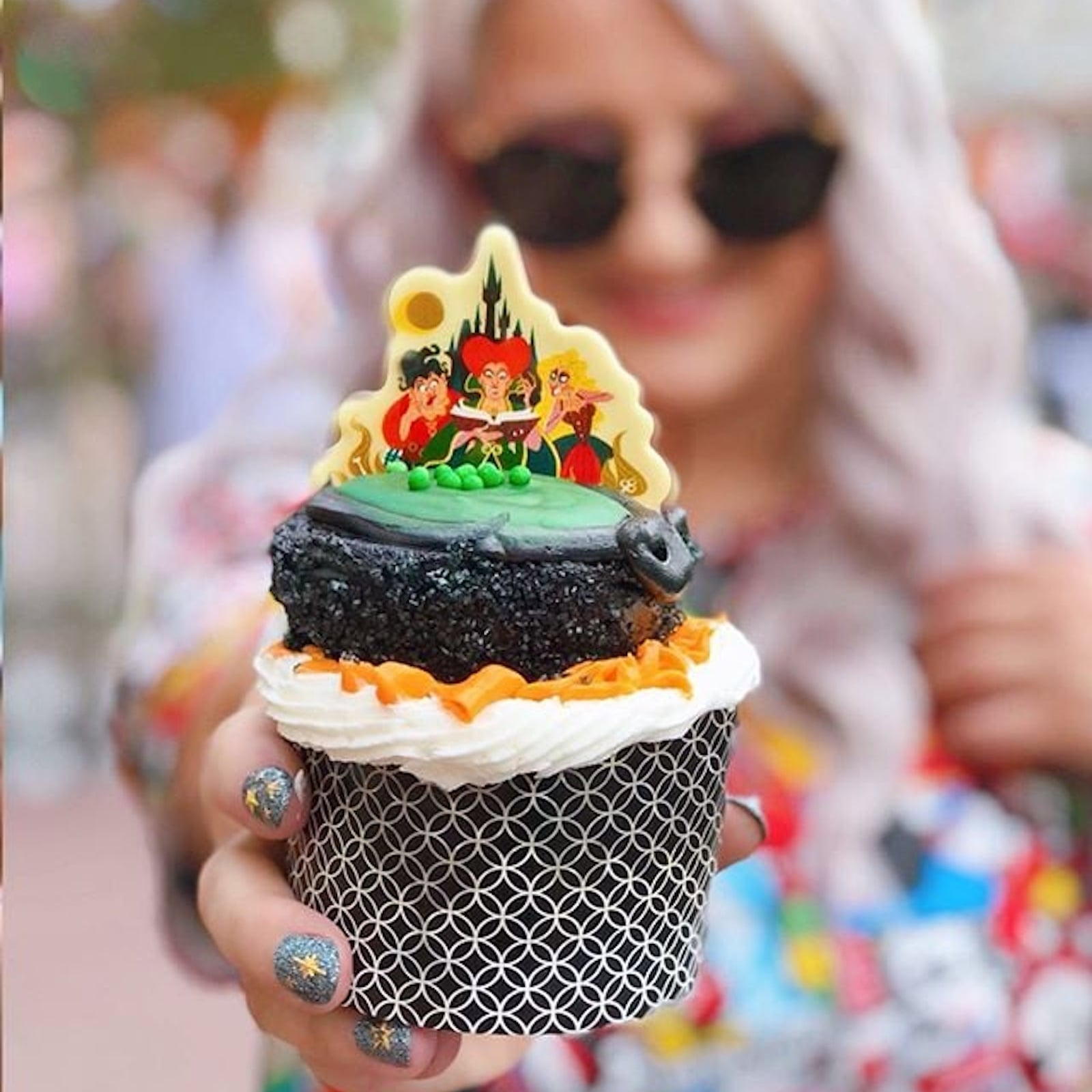 Hocus Pocus Amuck Cupcake at Disney World | POPSUGAR Food