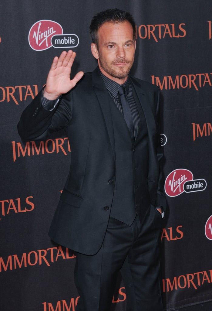 Stephen Dorff gave a wave at the Immortals premiere.