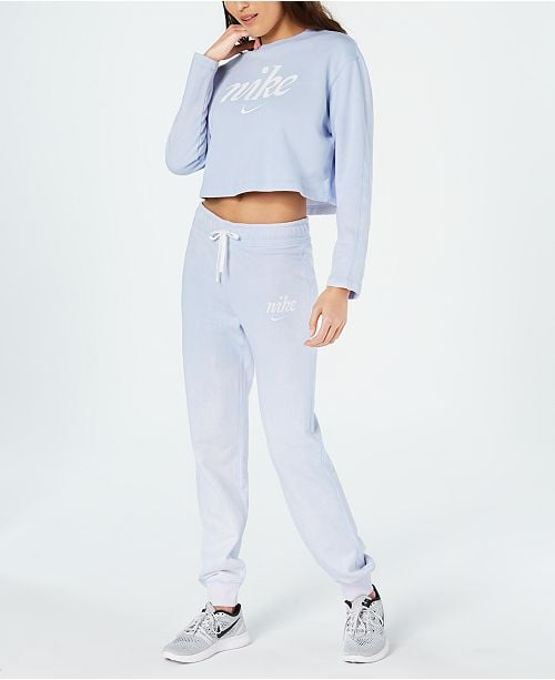 Nike Cropped Logo Sweatshirt & Joggers