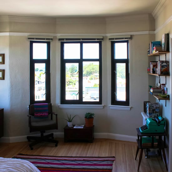 How To Make Small Bedrooms Look Bigger: How To Make A Small Room Look Bigger With Mirrors