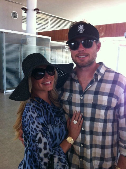 Jessica Simpson and fiancé Eric Johnson hugging in Cabo.