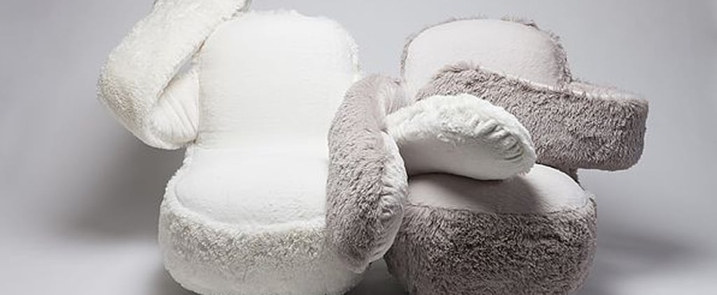 This Hugging Couch Feels So Alive You Might Mistake It For Your Mother or Lover