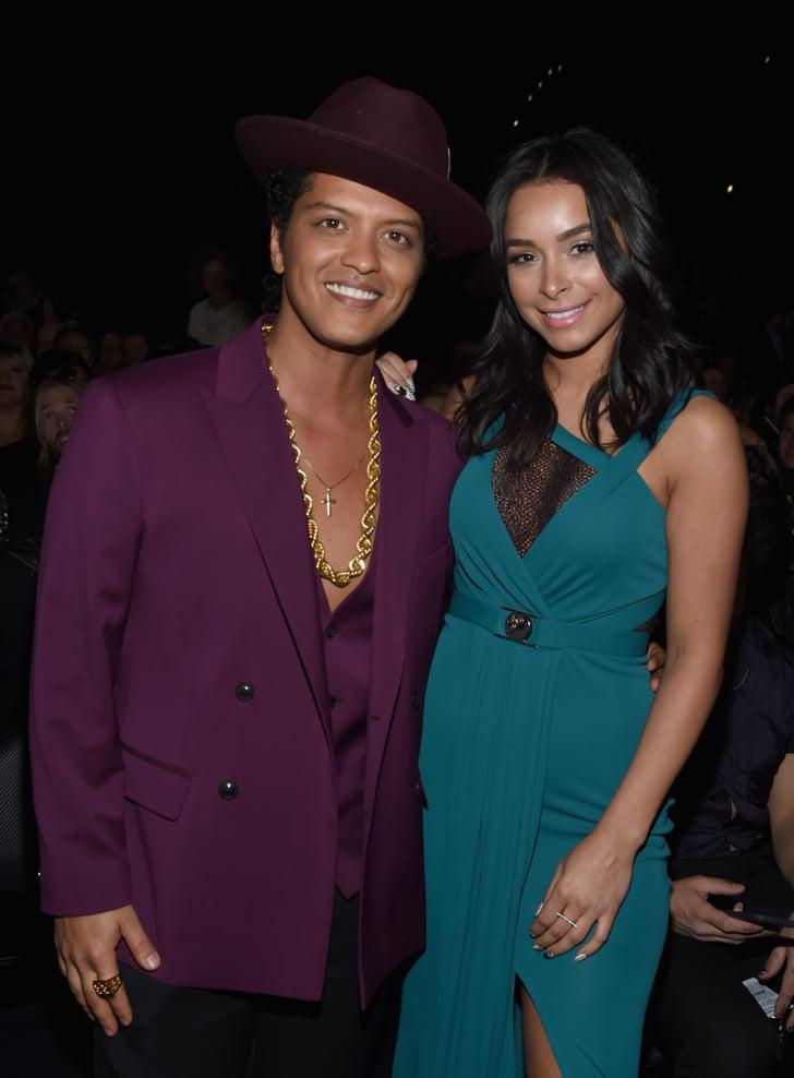 är Bruno mars dating någon 2014