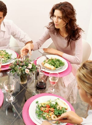 Diet Tip: Yes to Family Dinners — No to Family Style