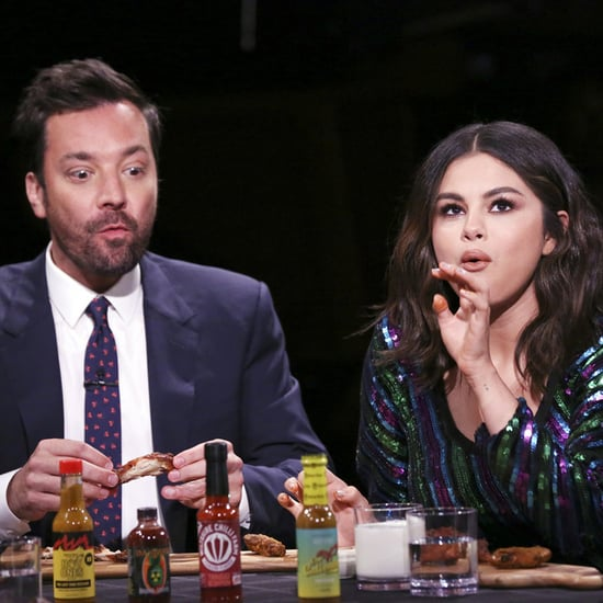 Selena Gomez Eats Hot Wings on The Tonight Show Video