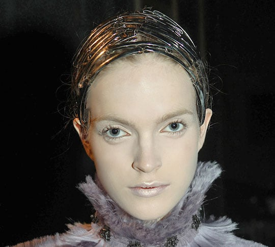 See the Amazing Hair From the 2011 Fall Alexander McQueen Show 2011-03-09 17:55:19