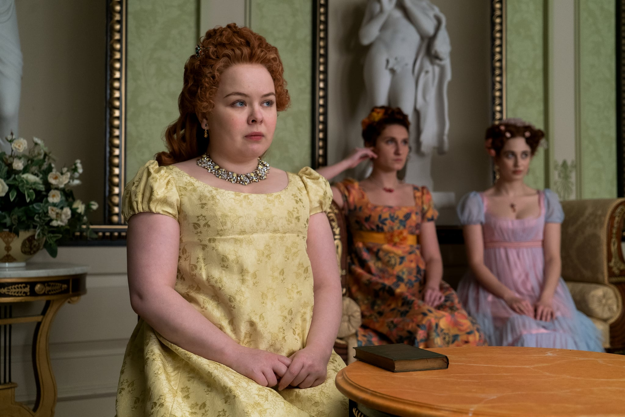 BRIDGERTON (L to R) NICOLA COUGHLAN as PENELOPE FEATHERINGTON, BESSIE CARTER as PRUDENCE FEATHERINGTON and HARRIET CAINS as PHILLIPA FEATHERINGTON in episode 10 of BRIDGERTON Cr. LIAM DANIEL/NETFLIX  2020