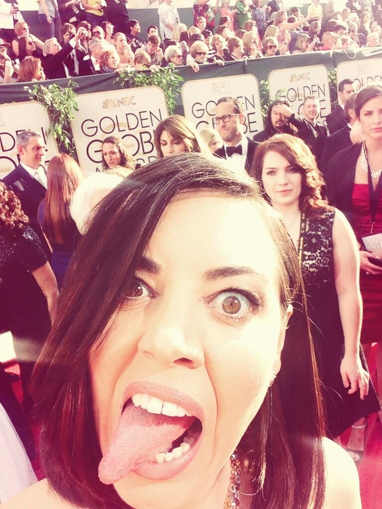 Aubrey Plaza wondered if there was something in her teeth. Source: Twitter user evilhag