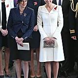 خلال احتفالٍ وطنيّ في يوليو 2017، ارتدت كيت ميدلتون معطفاً من علامة ألكسندر ماكوين وحملت حقيبة كلتش من تصميم آن غراند- كليمانت.