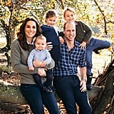 Kate Wore a Gray Sweater For Their Christmas Card at Kensington Palace