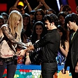 Kevin Jonas Getting a Fake Tattoo at the Teen Choice Awards in 2009