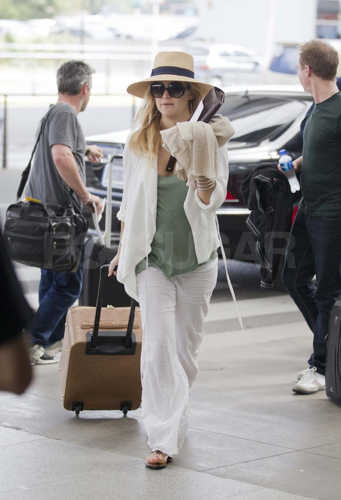 Pictures of Pregnant Kate Hudson Leaving Buenos Aires With Matthew Bellamy