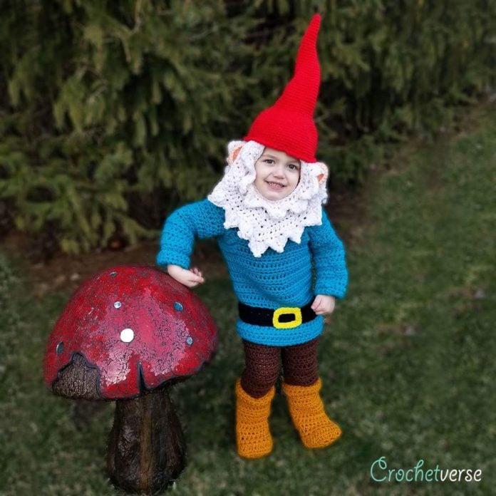 Gnome In Garden: Mom Crochets Halloween Costumes