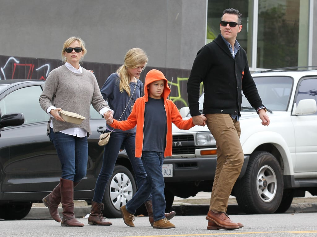 Reese Witherspoon took her kids Ava Phillippe and Deacon Phillippe out to breakfast in LA with Jim Toth.