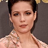 Halsey's Hair and Makeup at the 2016 MTV Movie Awards