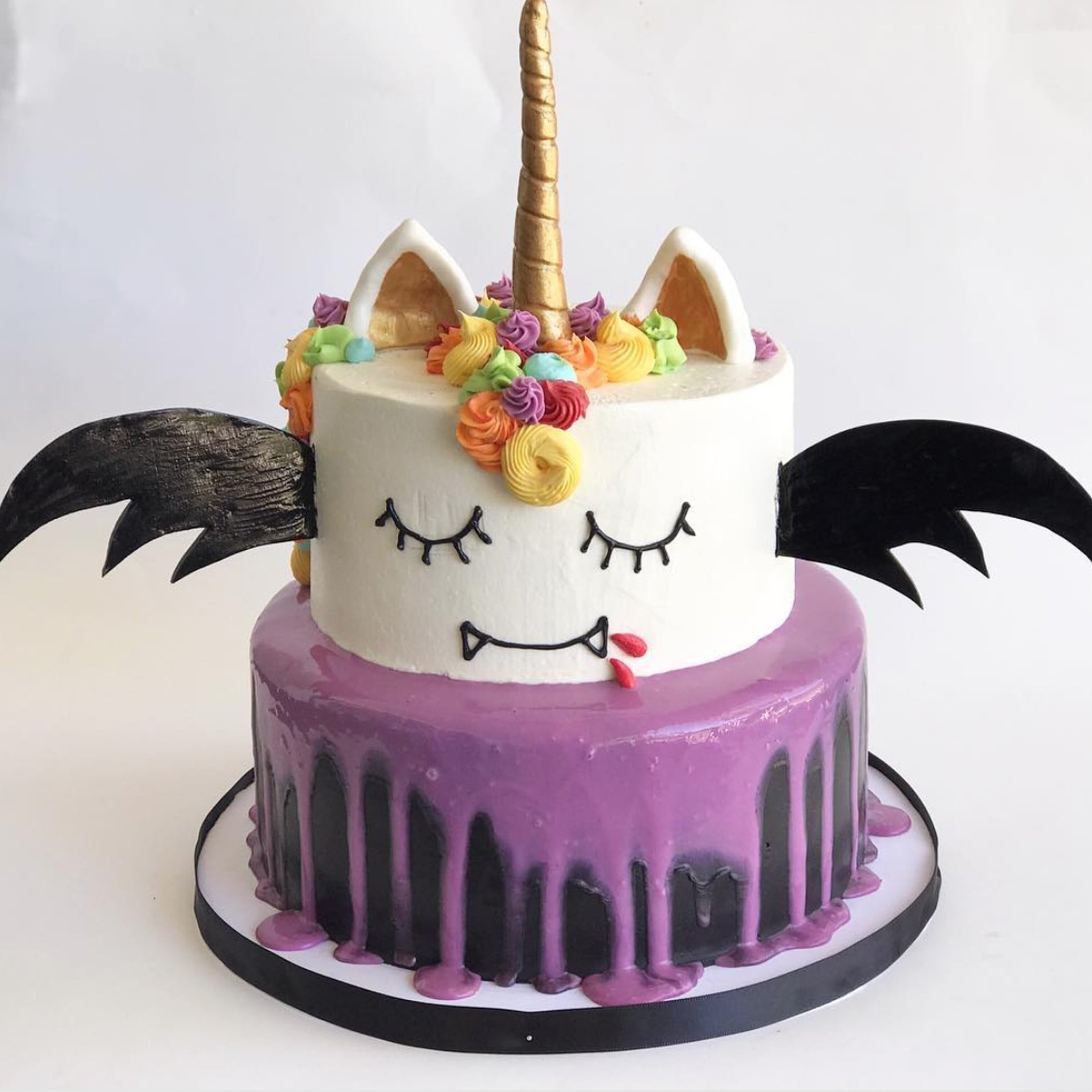 halloween birthday cakes popsugar moms