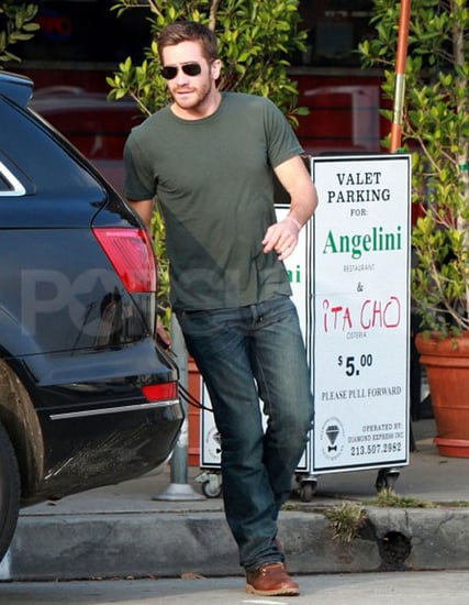 Pictures of Jake Gyllenhaal Leaving Restaurant in NYC