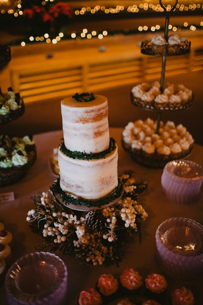 Snowberry Cake Display