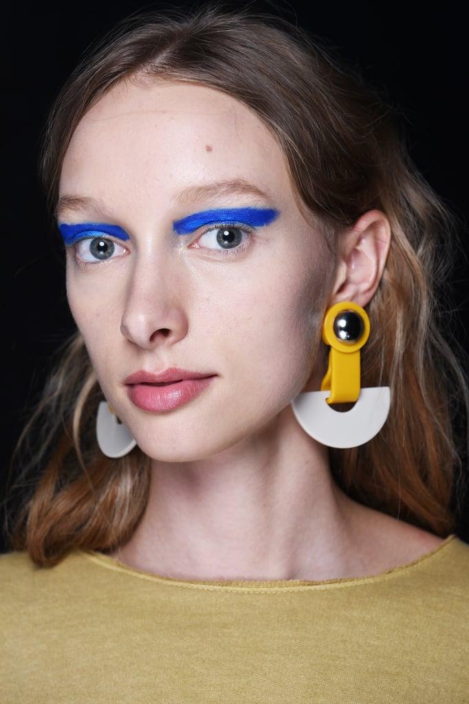 2017: Blue Eyes Go Electric