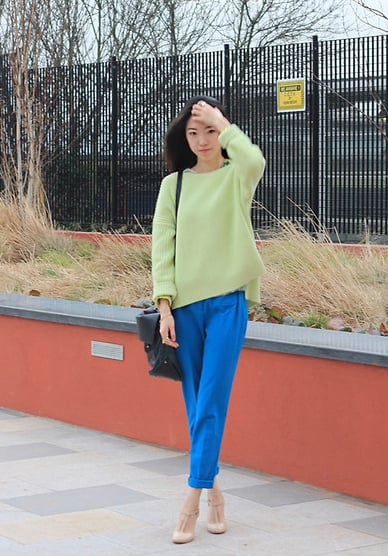This cool combo caught our attention with standout shades of lime green and cobalt blue.  Photo courtesy of Lookbook.nu