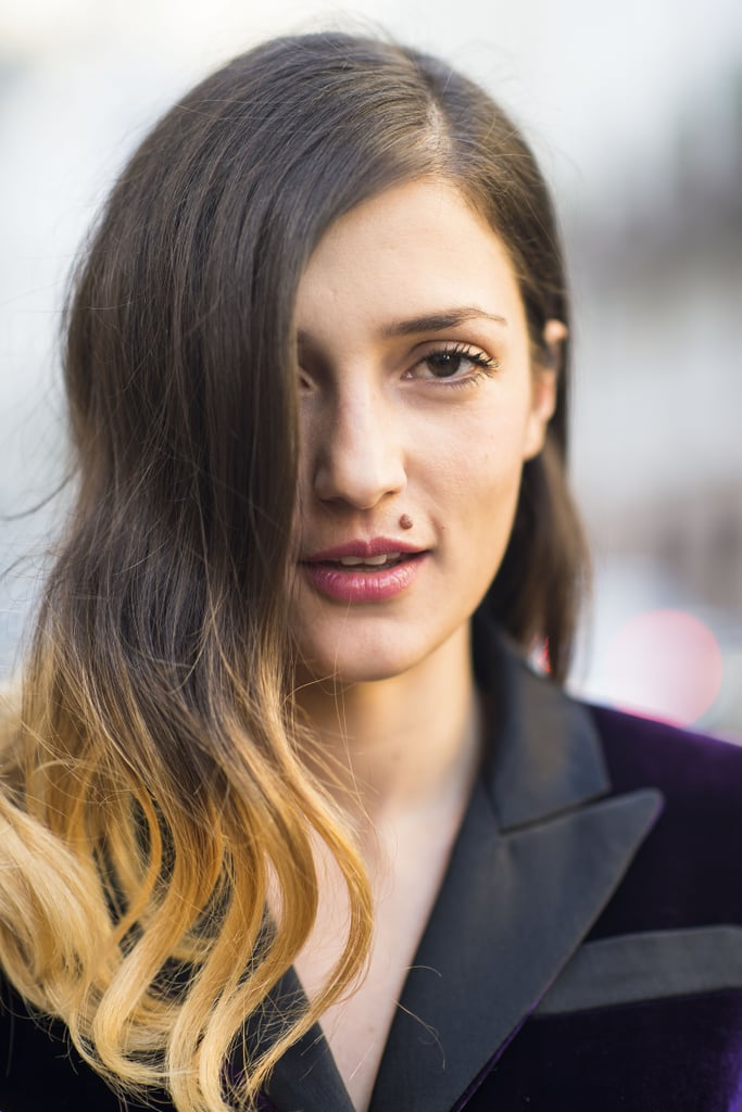 The ombré dye job and deep side part on this woman are a gorgeous mix of modern and vintage.  Source: Le 21ème | Adam Katz Sinding
