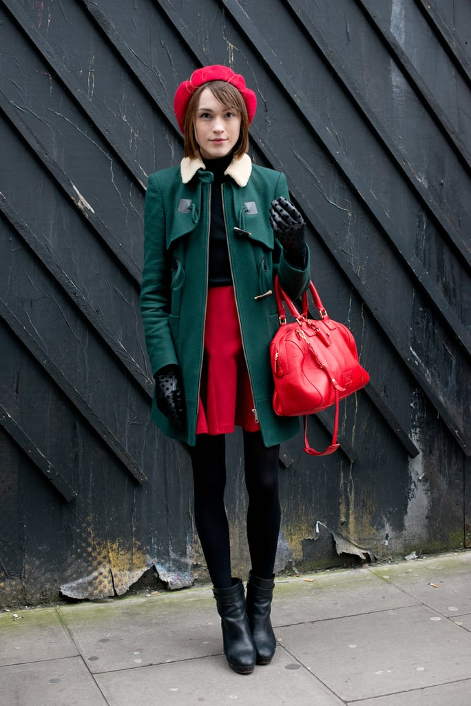 If you've wondered how to pull off red and green without the Chritmas-effect, this is it.