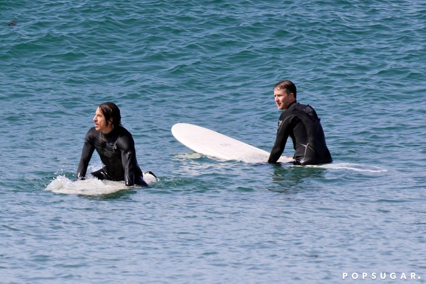 Surfing Dudes