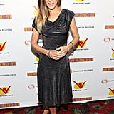 SJP posed solo on the red carpet.