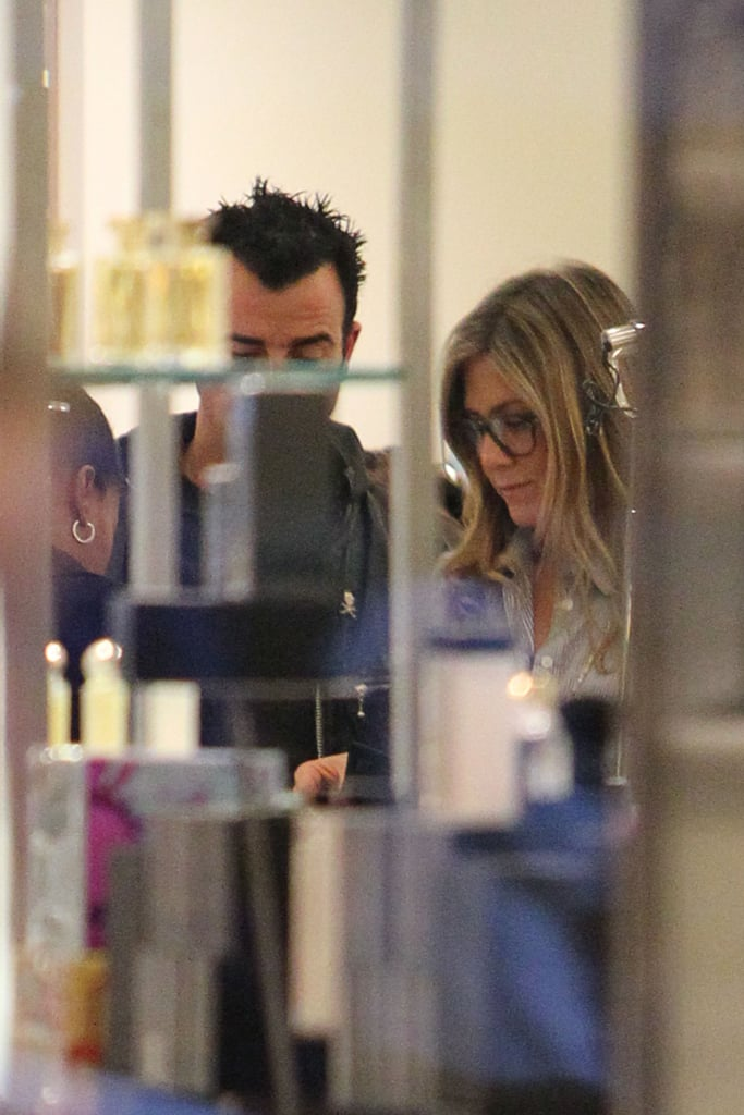 Jennifer and Justin Make a Smiley Shopping Trip to Barneys
