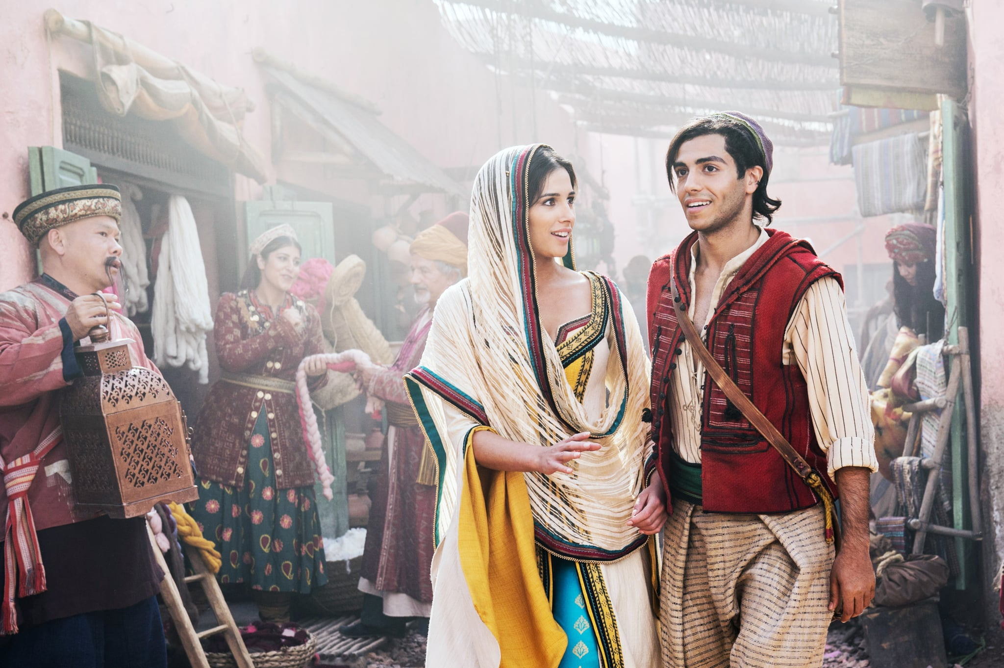 ALADDIN, from left: Naomi Scott as Jasmine, Mena Massoud as Aladdin, 2019. ph: Daniel Smith /  Walt Disney Studios Motion Pictures / courtesy Everett Collection
