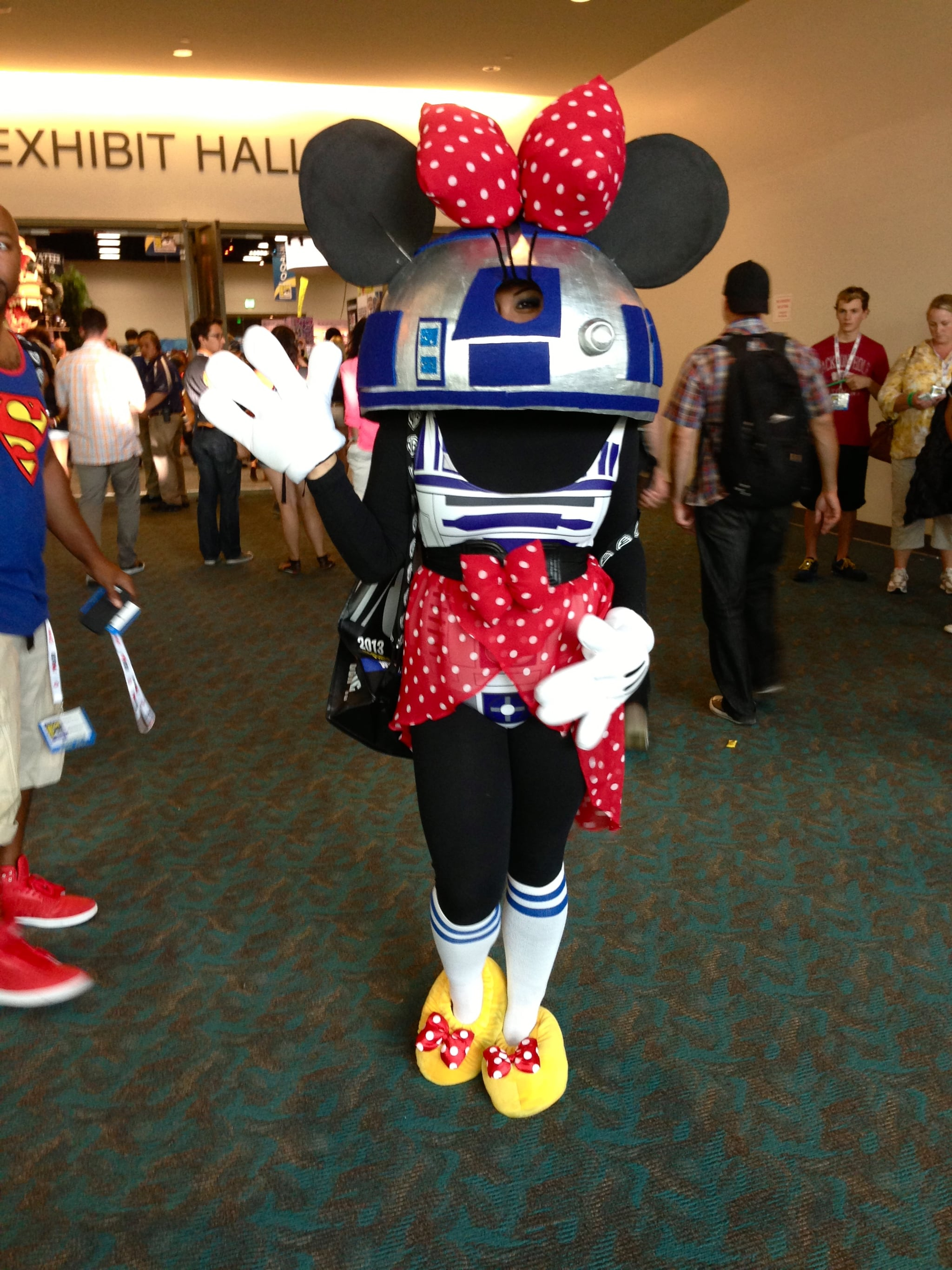 This R2D2-Minnie Mouse mashup is too geek chic for words.