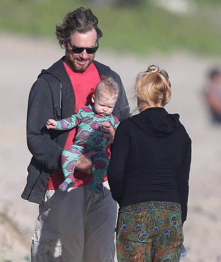 Eric Johnson and Maxwell Hit the Beach With a Pal