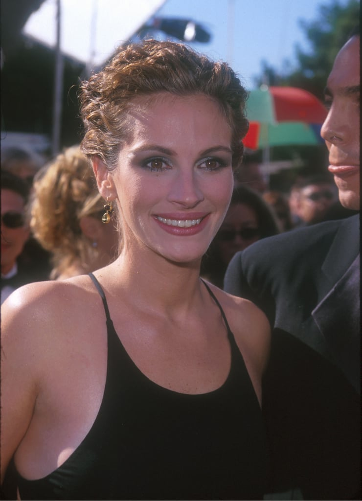 Julia Roberts's Blue Eye Shadow