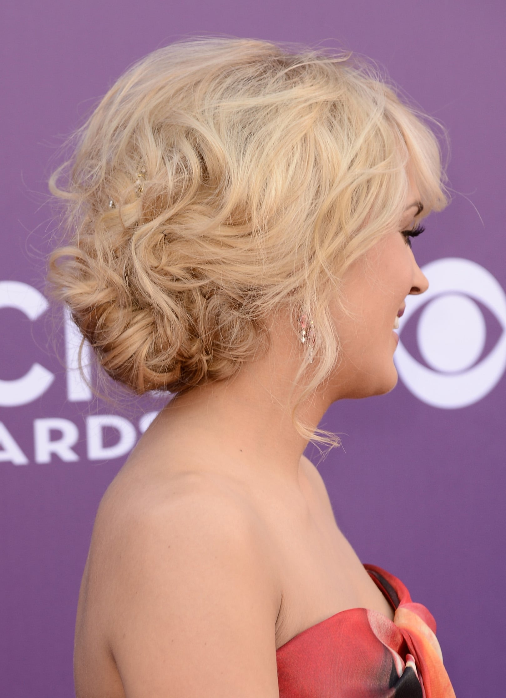 Carrie Underwood Acm Awards Beauty See The Hottest Hair And