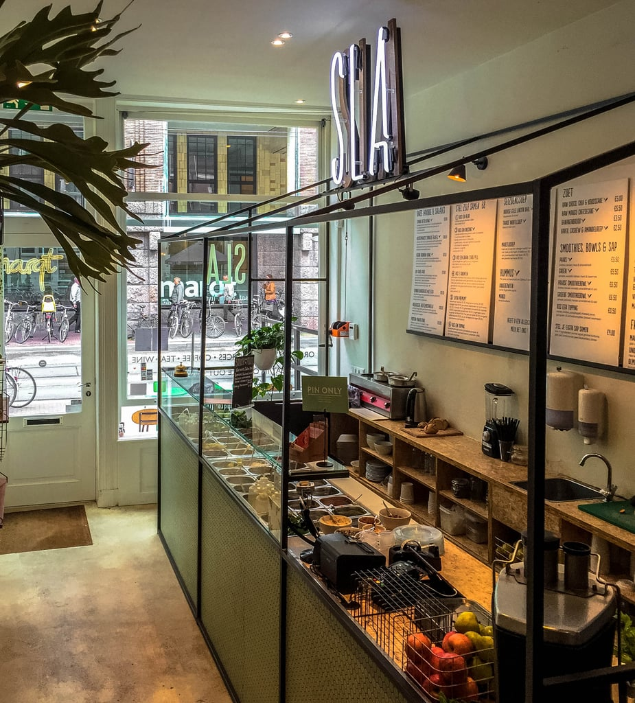 And if you're still going strong with your health kick, check out the organic salad bar SLA. Just as the name states, all its ingredients are organic, and there are plenty of plant-based, vegan, and gluten-free menu options.