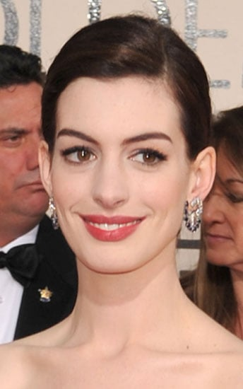 Anne Hathaway's Makeup at the 2009 Golden Globe Awards