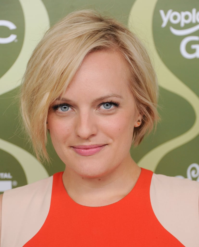 For the Variety pre-Emmy party, Elisabeth Moss styled her short cut in tousled waves, and her makeup was simply flawless.