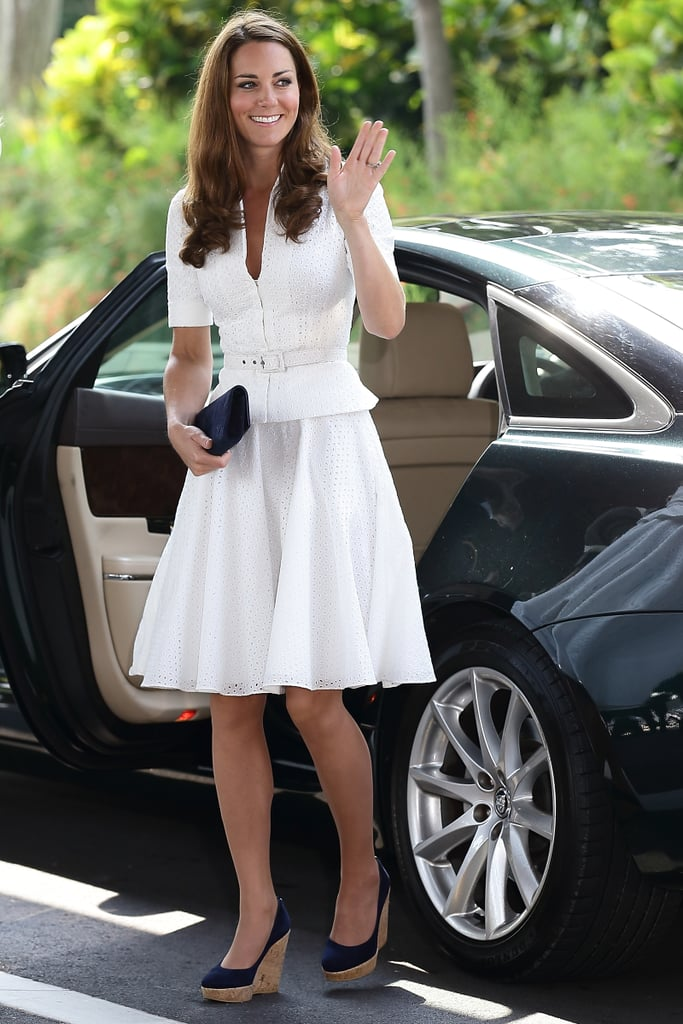 In September 2012, Kate wore wedges during the Diamond Jubilee Tour in Singapore.