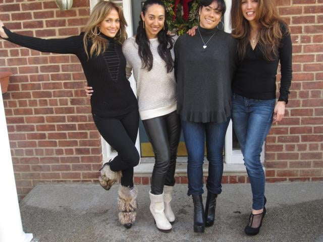 Jennifer Lopez celebrated the holidays with her sister and cousins. Source: Twitter user JLo