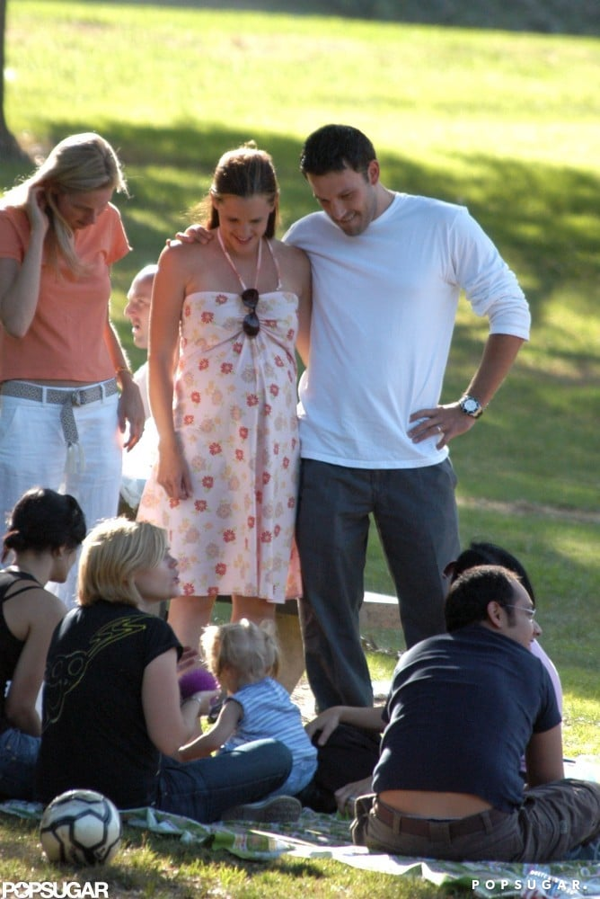 Ben Affleck and Jennifer Garner attended a family picnic when she was pregnant with Violet in August 2005.