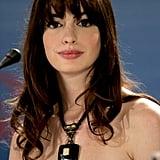 Pictured: Anne Hathaway (Not Daisy Edgar-Jones)